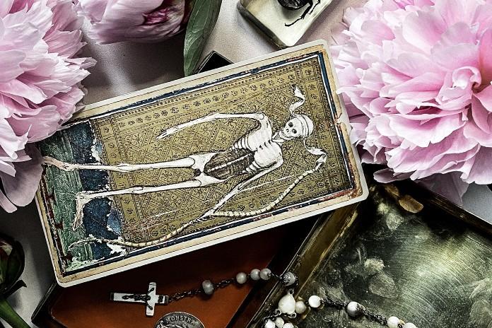 tarot readings reveal secrets
